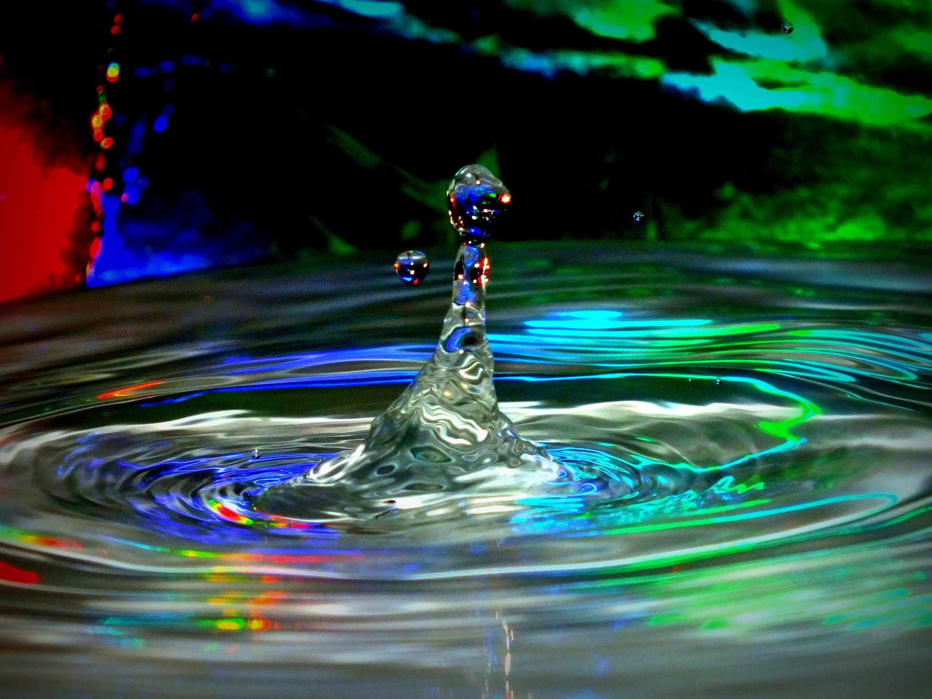 water-953257_1920